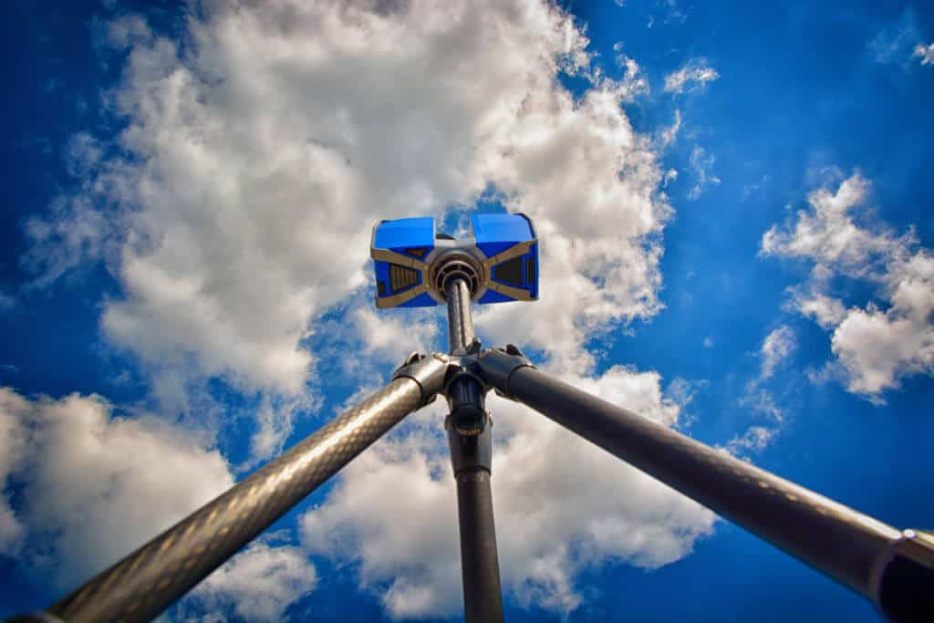 view from ground up of 3D laser scanner